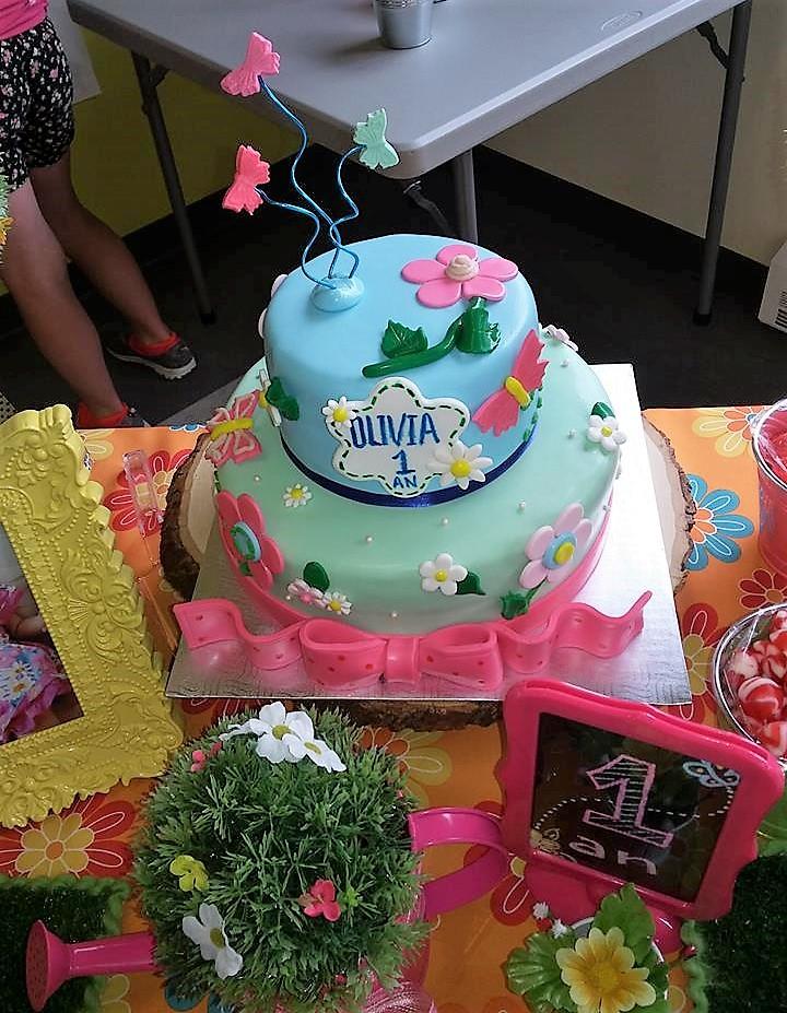 gâteau papillon bleu