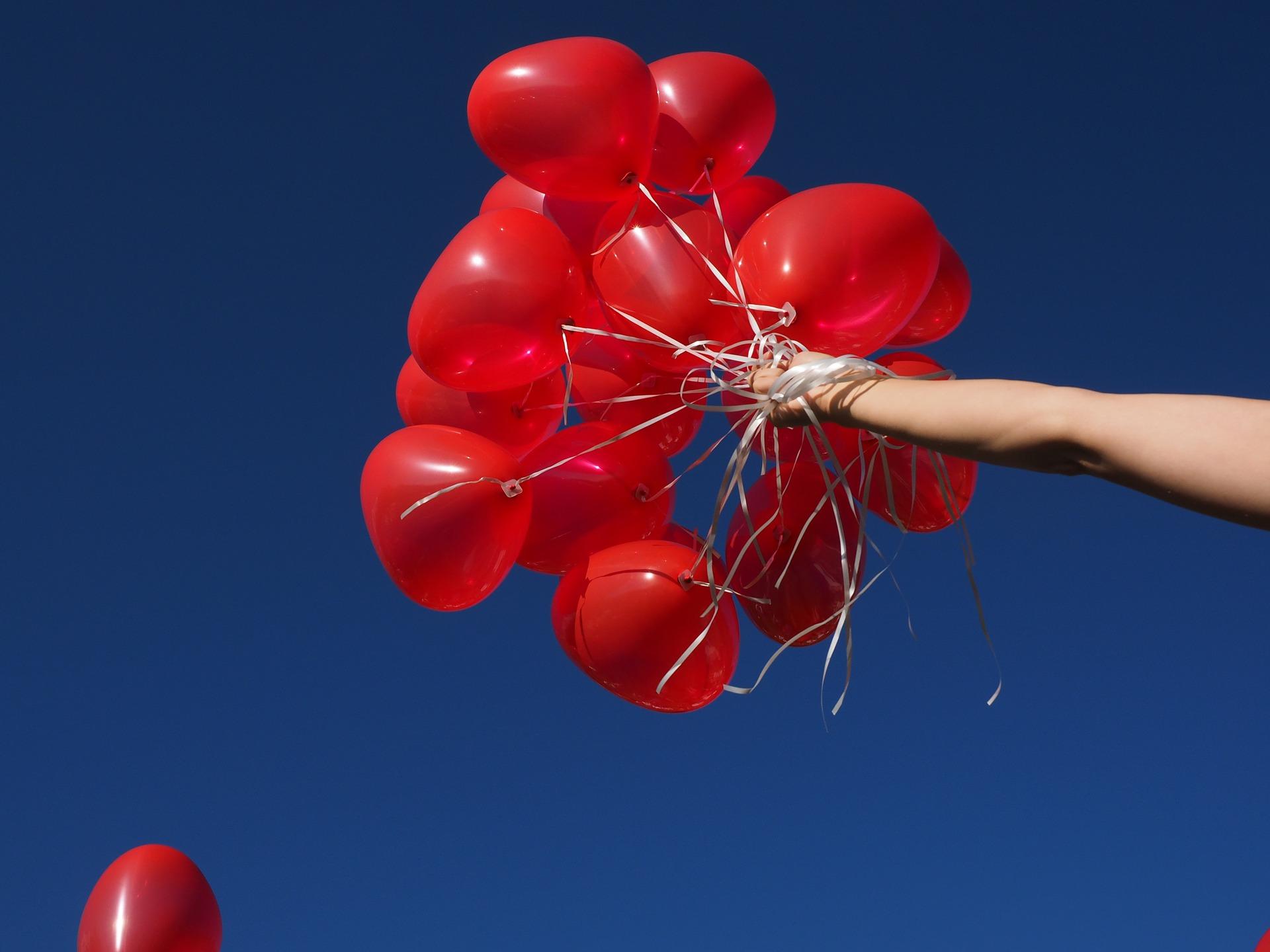 balloons-693741_1920